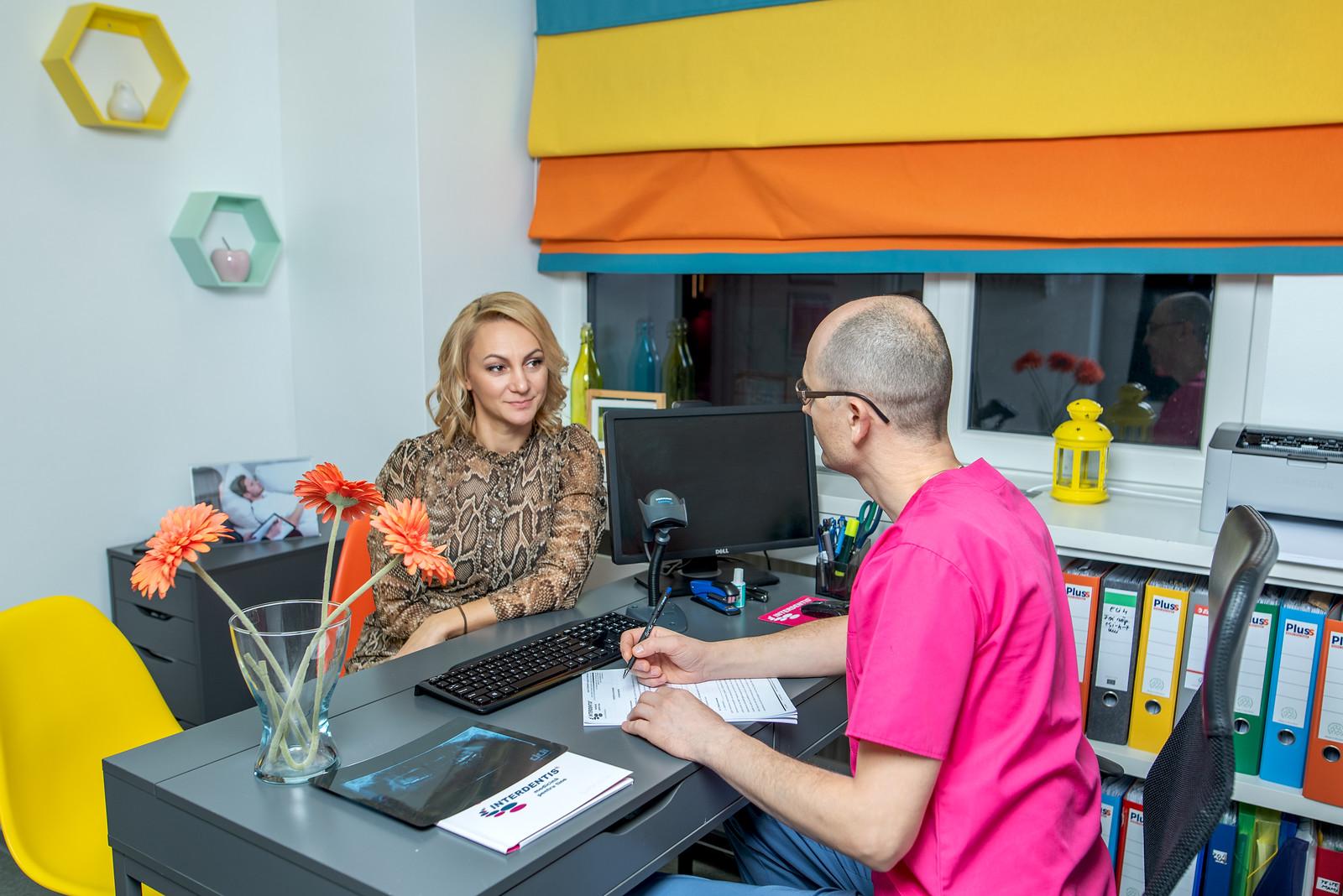 Prima vizita clinica stomatologica Interdentis Pascani